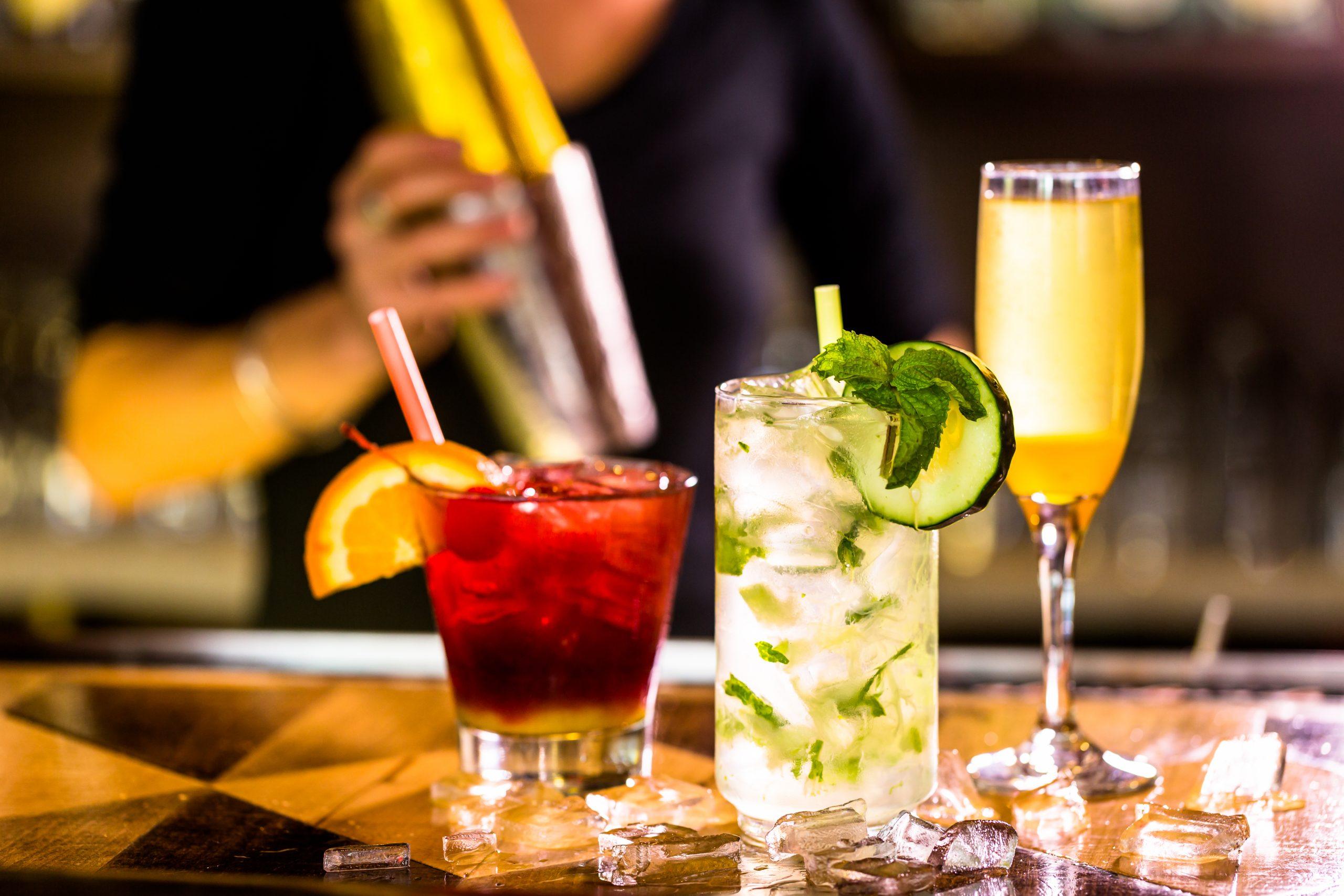 Borrel & Cocktails